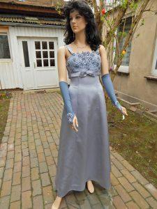 Brautkleid färben - gefärbtes Brautkleid in silbergrau von Färberei Holtmann in Wittingen