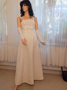 Brautkleid färben - Originalbrautkleid vor der Färbung in silbergrau