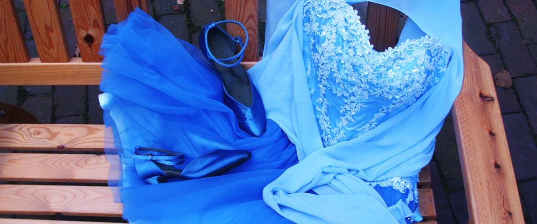 Färberei Holtmann Wittingen - Brautkleid färben in blau