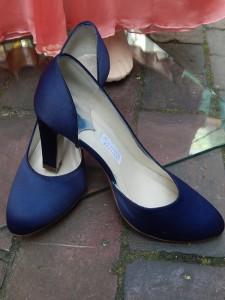 Färberei Holtmann Wittingen - Brautschuhe gefärbt blau